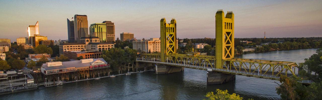downtown sacramento and tower bridge