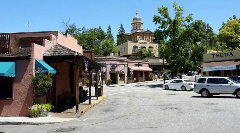 downtown auburn california